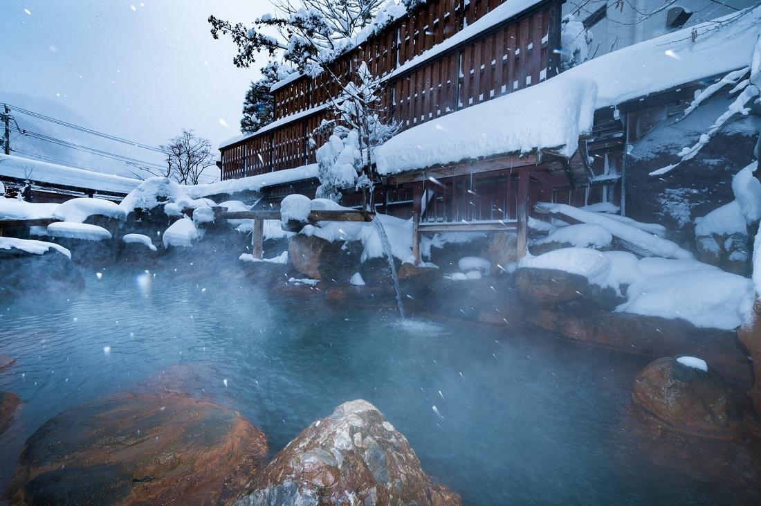 冬の不倫旅行と言えば「温泉」でしょうか?