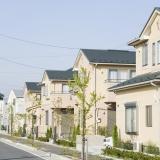 写真:住宅ローン減税、3年間年長と離婚件数の関係