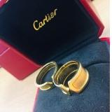 写真:Cartierの指輪